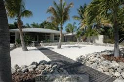 White Cottage (12).jpg