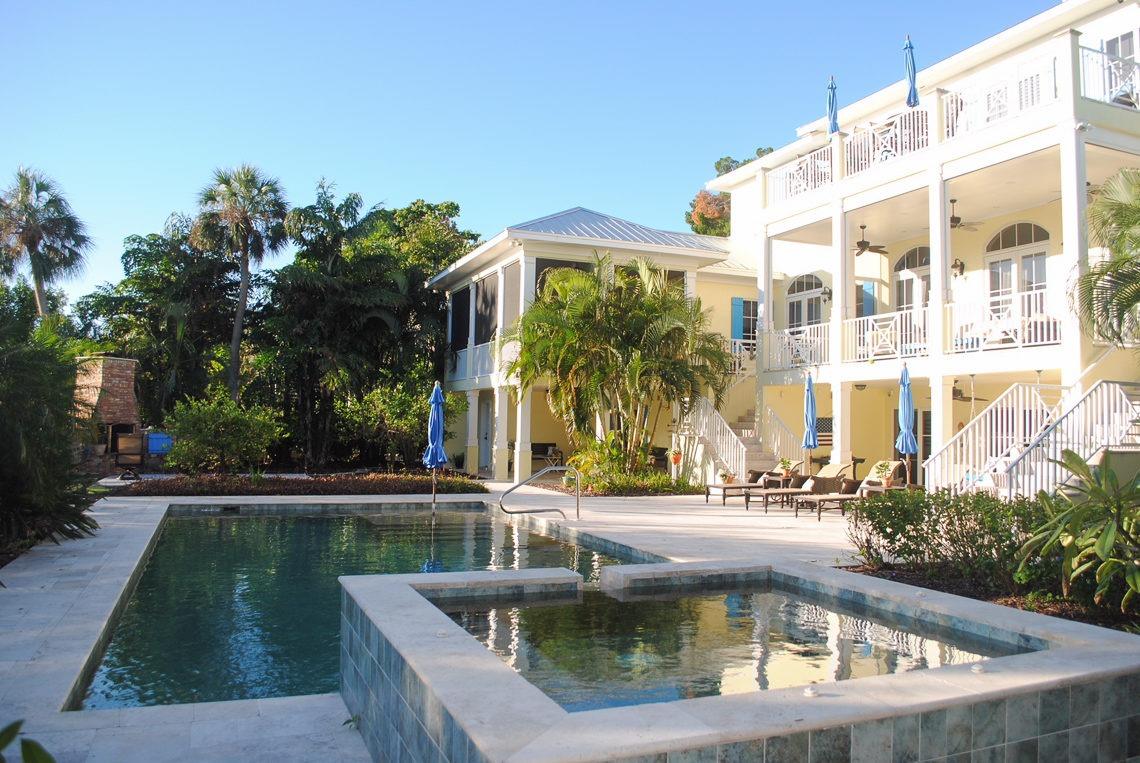 Parrot Cay Sarasota Film Location