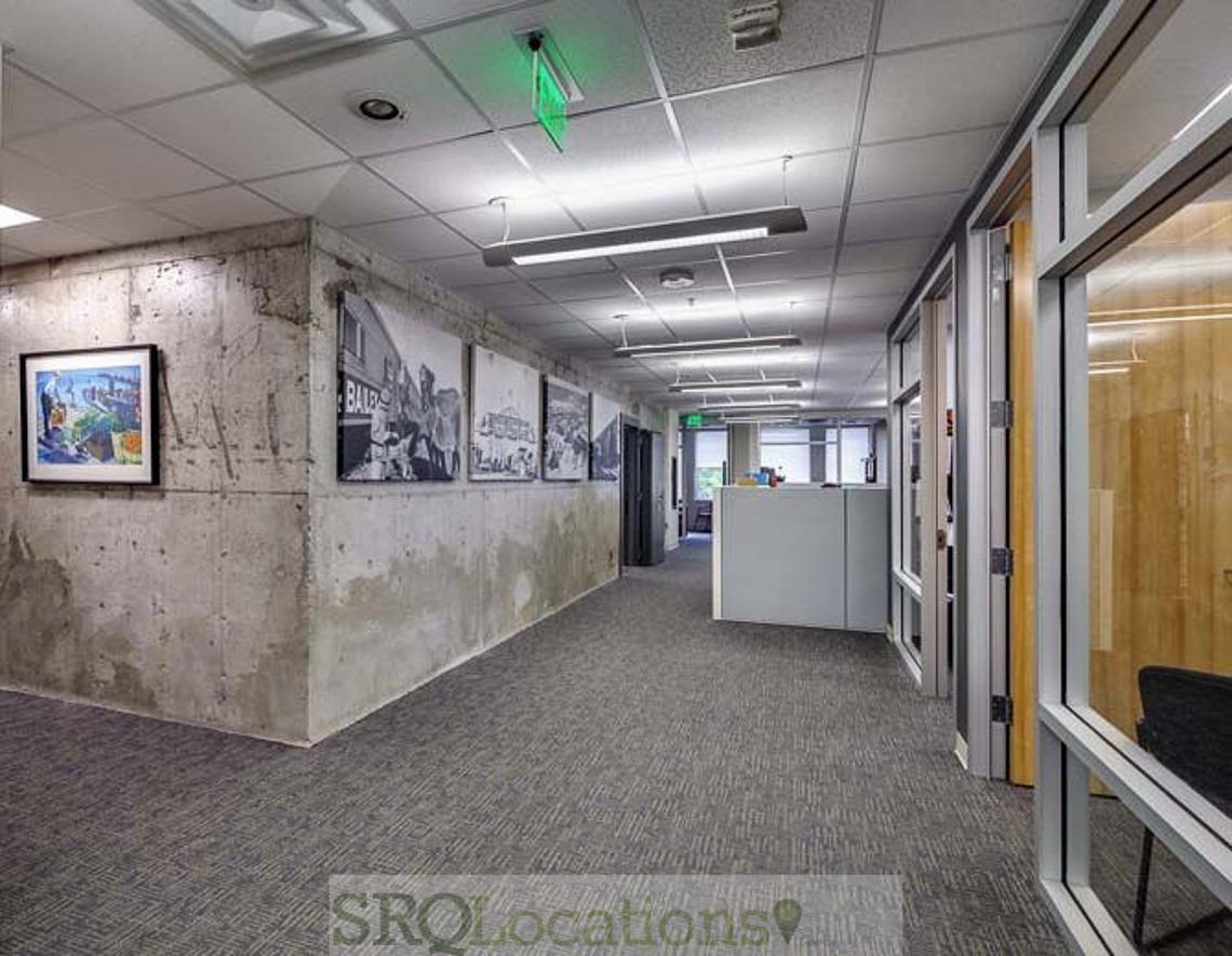 Modern-Industrial-Office-IMG_1520.jpg